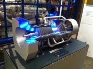 Das Modell einer Gasturbine zeigt, wie durch die Verbrennung eines verdichteten Gas/Luftgemisches Strom erzeugt wird.