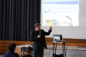 Der Bundestagsabgeordnete Sven Volmering berichtete von seiner Arbeit als Berichterstatter der CDU/CSU-Bundestagsfraktion für Digitale Bildung.