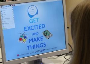 Die lange Coding-Nacht am St.-Georg-Gymnasium in Bocholt brachte über 80 Schülerinnen und Schüler das Programmieren und Basteln mit dem Raspberry Pi bei.